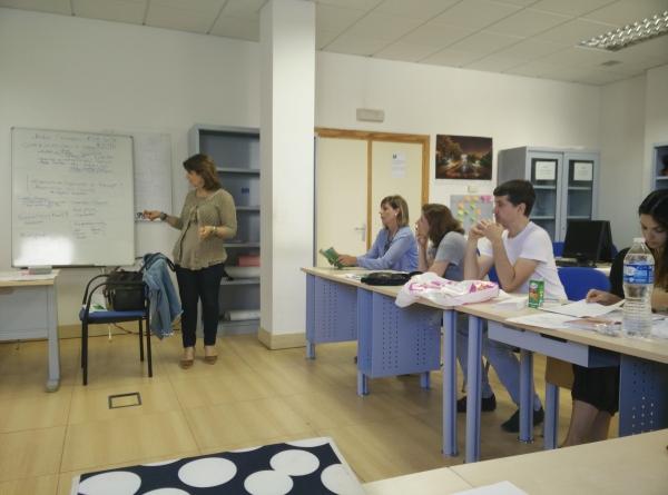 Visita de la directora del rea territorial de empleo en m laga lanzaderas de empleo - Oficina virtual andalucia ...