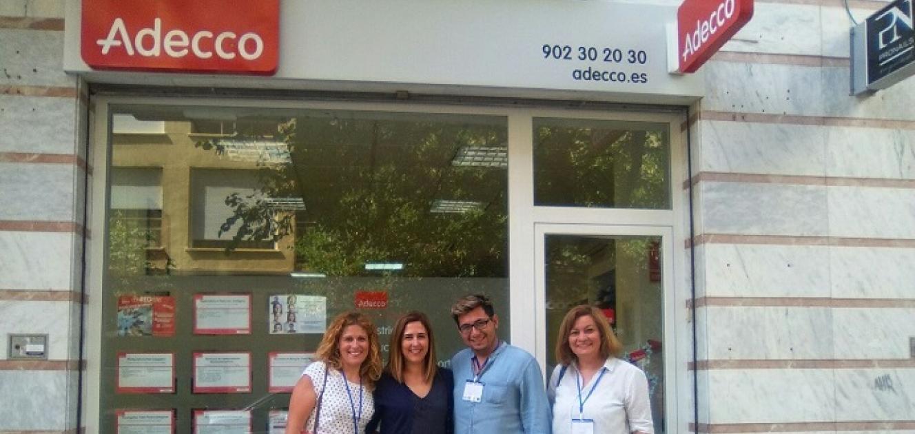lanzanova visita la oficina de addeco en cartagena